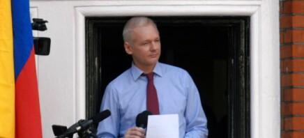 Skal avgjøre om Julian Assange kan løslates