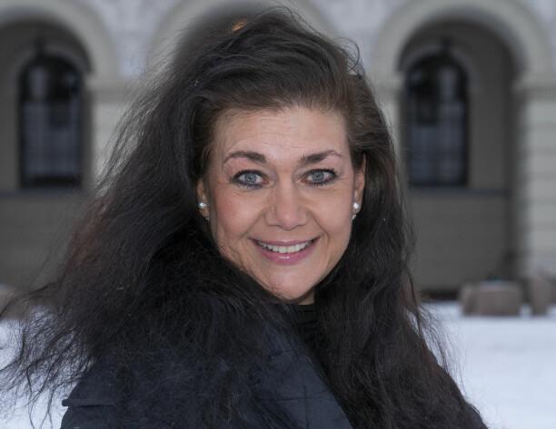 I 30 år har kongeparet vært noen av Norges mest fotograferte personer. NTB-fotograf Lise Åserud har løpt etter dem hele tiden