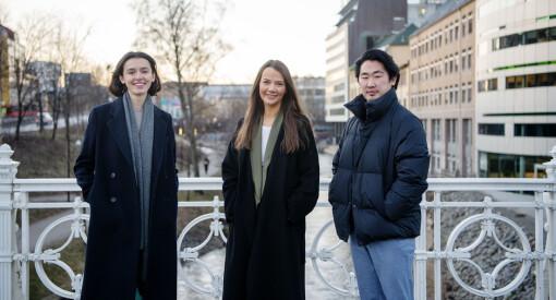 Leila Feratovic (28), Emilie Louise Solberg (27) og Jonas Solgård (26) har fått jobb i Dagens Næringsliv