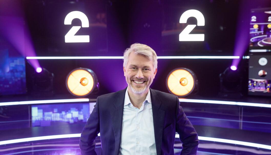 Bergen, Norway 20210119.  TV 2-sjef Olav T. Sandnes foran den nye logoen til TV2. Foto: Eivind Senneset / NTB