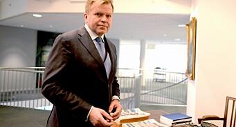 - Hvis Hanne Skartveit vil ha te og scones, så står invitasjonen fortsatt ved lag, sier Gunnar Bjørkavåg