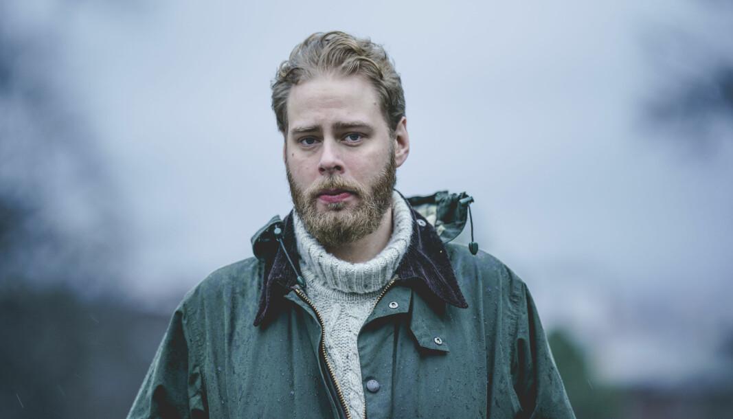 Dokumentarfilmskaper Henrik Evertsson måtte møte i retten i forbindelse med dokumentarserien «Estonia – funnet som endrer alt».