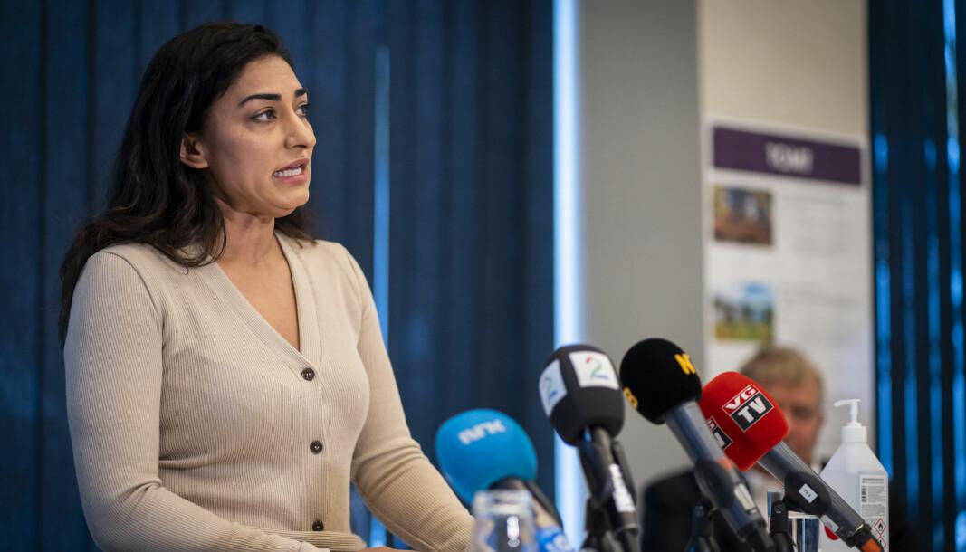Shabana Rehman, daglig leder i stiftelsen Født Fri under pressekonferansen i fjor høst der hun tilbakeviste kritikken om dårlig økonomistyring.