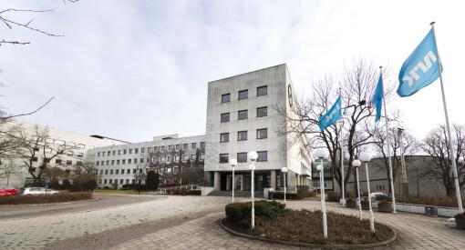 NRK advarer mot Clubhouse-bruk: – Et blinkende rødt lys for kildevernet