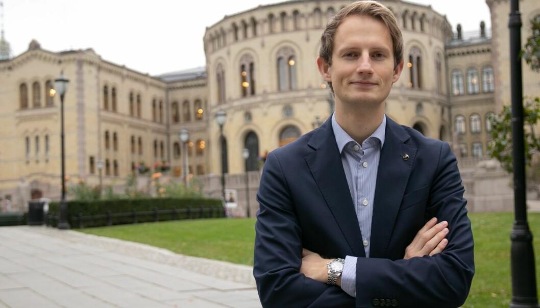 Høyres stortingspolitiker, Aleksander Stokkebø (H) er kritisk til en tittel Stavanger Aftenblad publiserte i papiravisen onsdag.