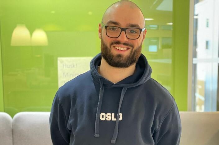 Jonas (28) sa opp journalist-jobben da angsten ble for tøff. Da han ville tilbake i bransjen, ble det enda tyngre