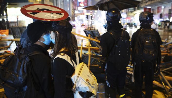 Bilde fra dokumentarfilmen «Do Not Split» av Anders Sømme Hammer. I 140 dager fulgte regissøren unge demonstranter som kjemper for demokrati og menneskerettigheter i Hongkong. Foto: Anders Hammer / NTB