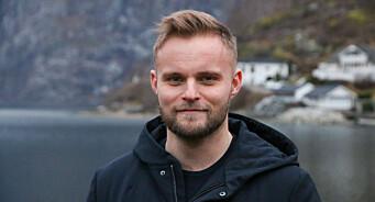 Ola Weel Skram (29) blir redaktør i Porten.no: – Har forelsket meg i lokaljournalistikken