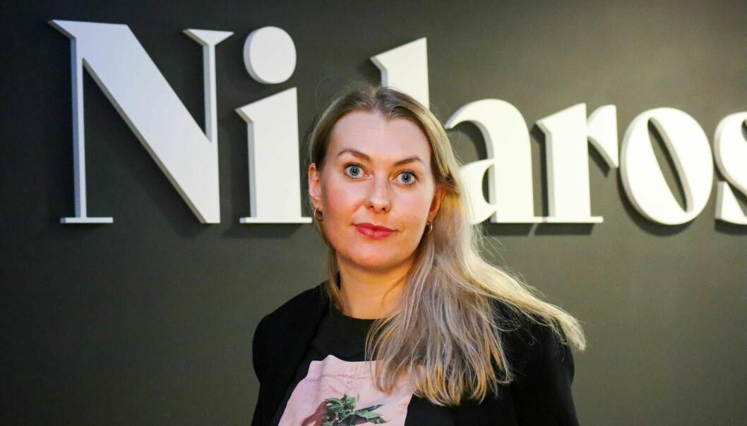 Ansvarlig redaktør i Nidaros, Vanja S. Holst, forklarer hvorfor avisen valgte å skrive om en varslersak der deres egen journalist er involvert.