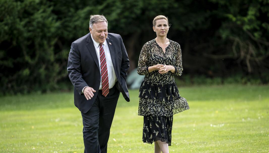 USAs daværende utenriksminster Mike Pompeo (til venstre) avbildet da han møtte Danmarks statsminister Mette Frederiksen i Danmark i fjor sommer.