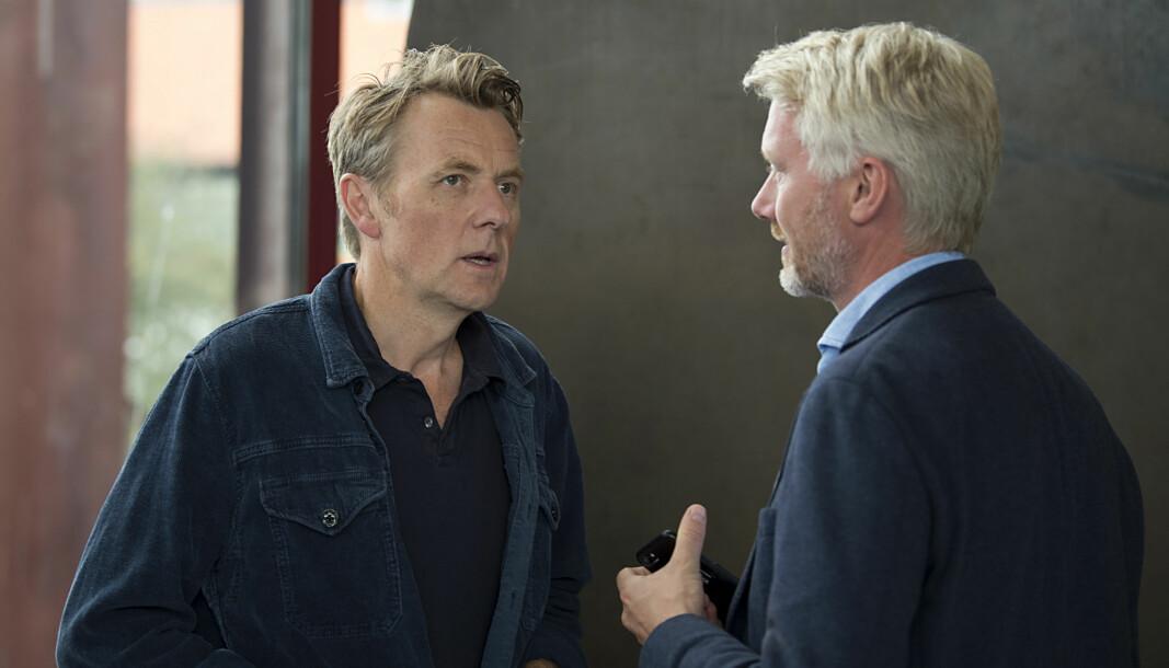 Fredrik Skavlan (til venstre) og TV 2s sjefsredaktør Olav T. Sandnes.