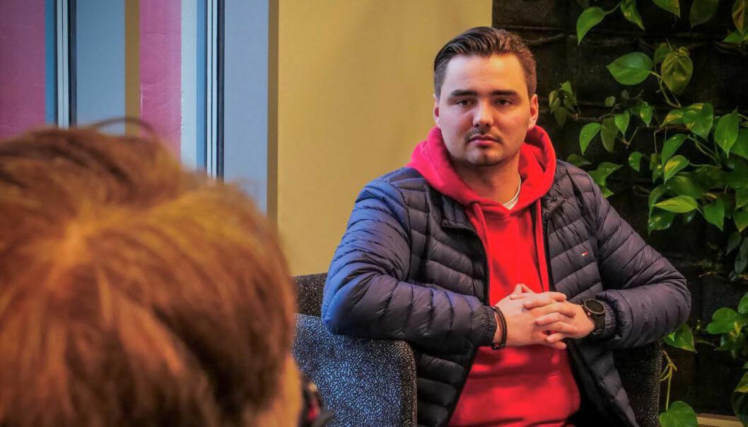 Eirik Leivestad Hall studerer journalistikk ved Høgskulen i Volda.
