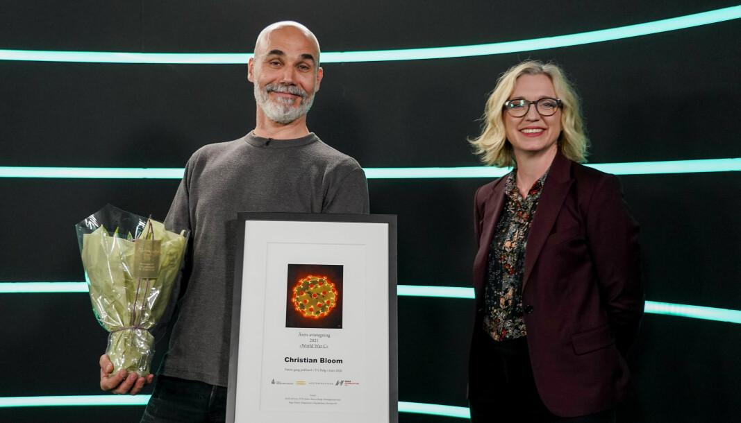 Årets avistegning gikk til Christian Bloom (VG Helg). Han fikk prisen delt ut av juryleder Sarah Sørheim (nyhetsredaktør, NTB) på Medieleder 2021.