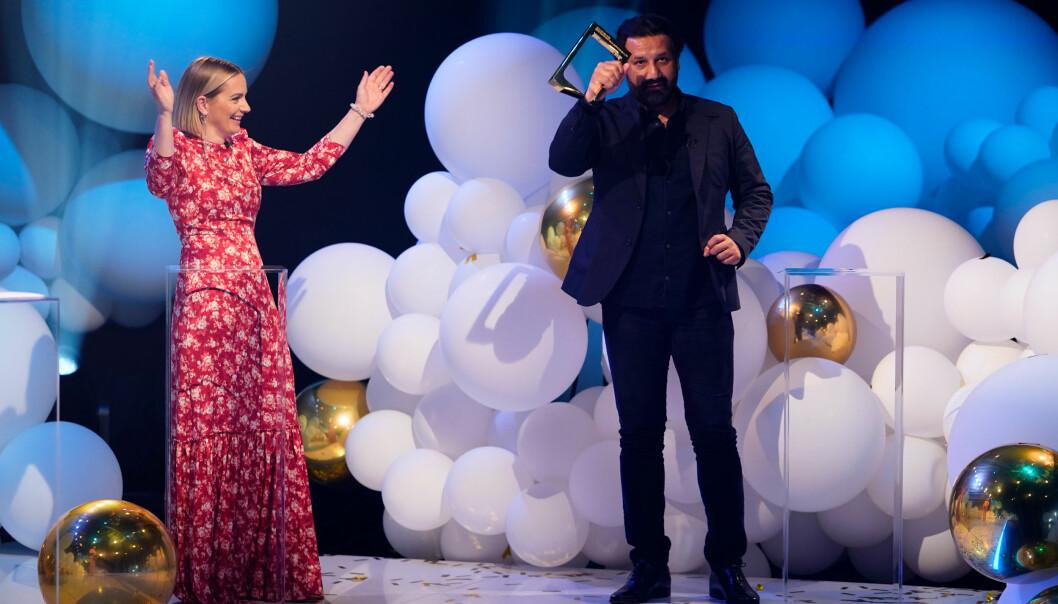 Janne Amble og Kadafi Zaman – vinner pris for beste programledere innen kategorien nyhet,sport eller aktualitet i TV 2-serien «Norge bak fasaden» Foto: Espen Solli/TV 2