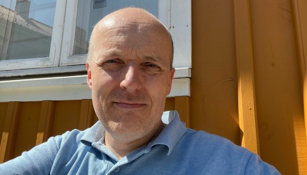 Amedia-tillitsvalgt Lars Døvle Larssen forsvarer Amedias strategi, men mener det ikke er bra om noen føler seg bakbundet av den.