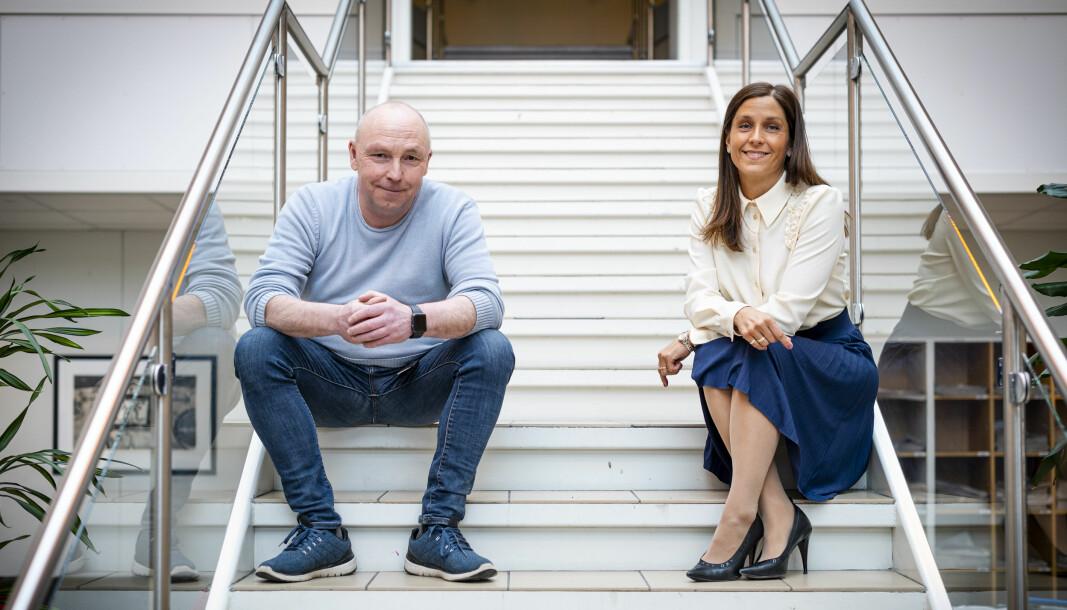 Konstituert ansvarlig redaktør i Romerikes Blad, Lars Lier, og administrerende direktør Kristina Fritsvold Nilsen gleder seg over etableringen av MittLørenskog.