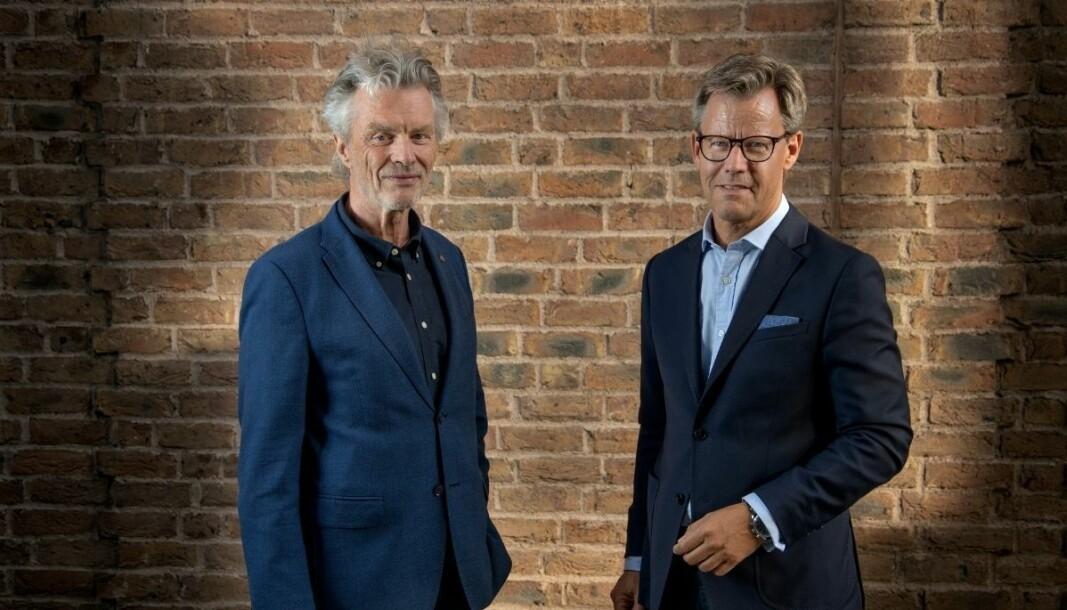 Tom Harald Jenssen, forlagsdirektør i Cappelen Damm og Steffen Kragh, konsernsjef i Egmont og styreleder i Cappelen Damm holding.