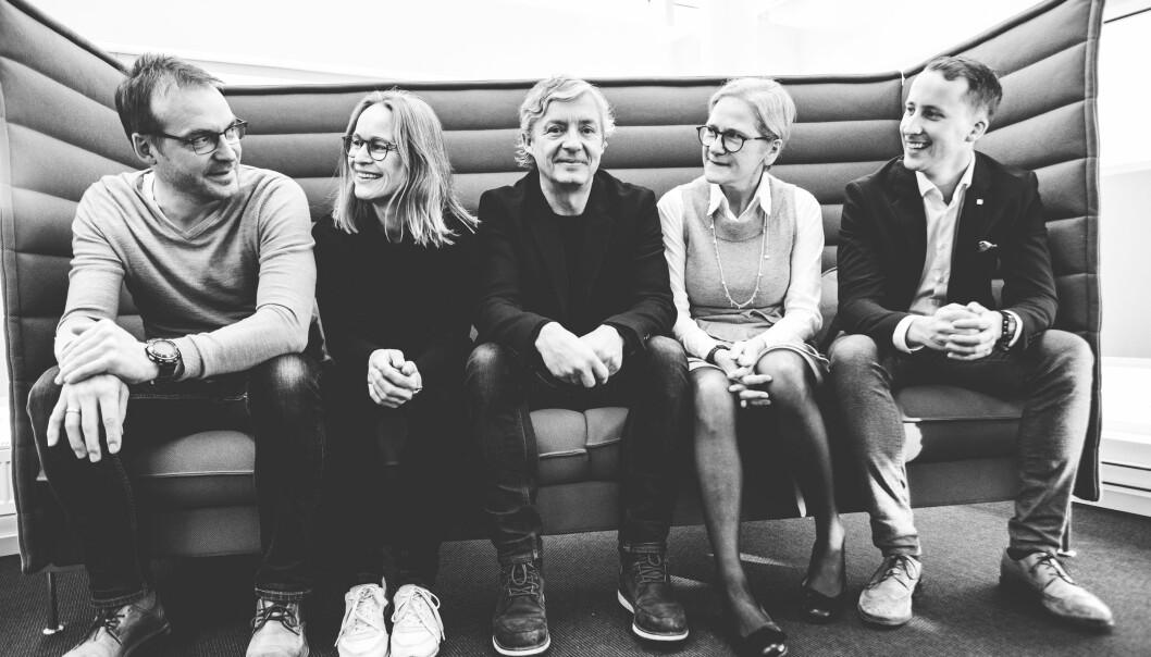 Konsernledelsen i Tun Media: Bondebladet-redaktør Iver K. Gamme (fra venstre), Nationen-redaktør Irene Halvorsen, direktør for salg og byrå, Christian Lind, konsernsjef Lise Vedde-Fjærestad og direktør for opplag og marked, Ole-Martin Finstad.
