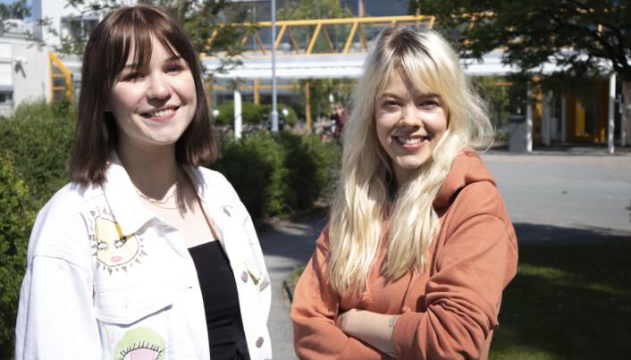 Lydia Gieselmann (til høyre) og Sara Cecilie Leite skal lede NRK Unormal.