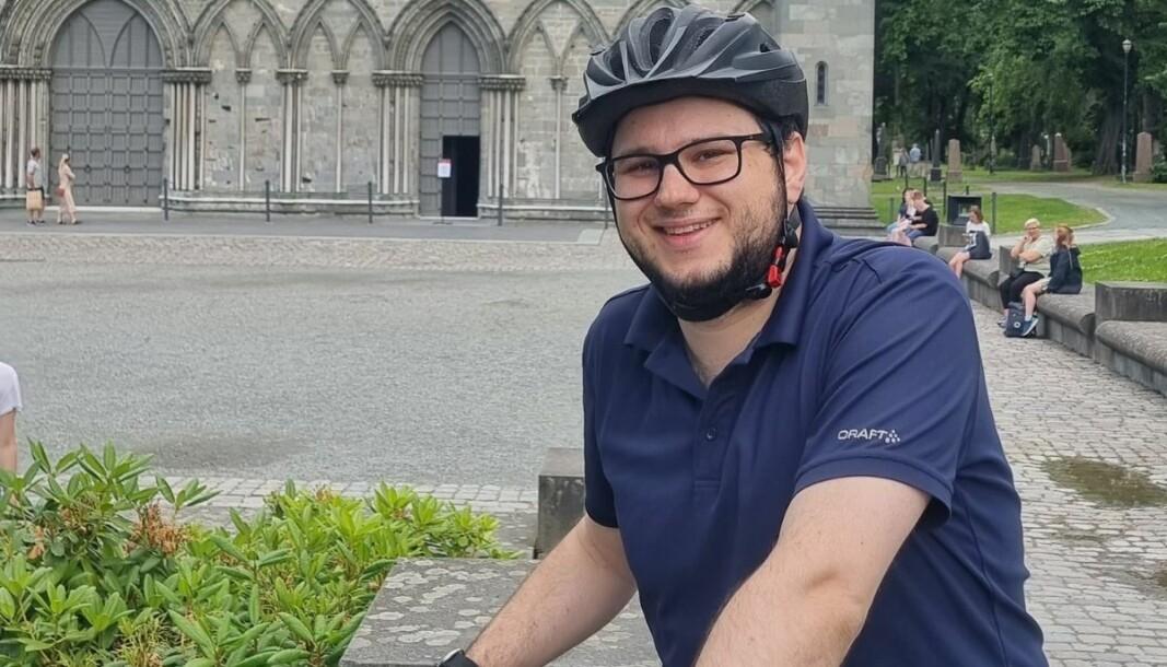 Jonas Ali Ghanizadeh er ikke journalist, men har likevel bidratt sterkt til å sette søkelyset på forhold i Politiet, gjennom sine innsynskrav.