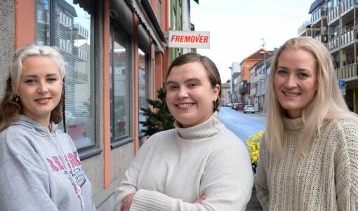 Disse er sommervikarer i Fremover: – Vi trenger at noen hjelper oss med å løfte blikket litt innimellom